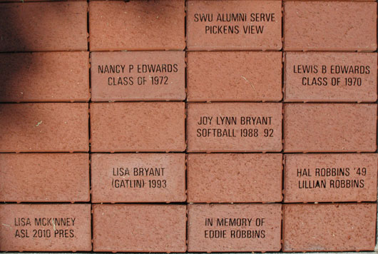 alumni-walk-0017-bricks